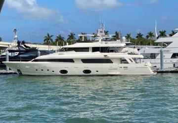 107' Ferretti Yachts 2012