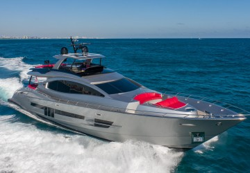 95' Lazzara Yachts 2014