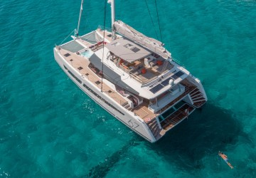 67' Fountaine Pajot 2018