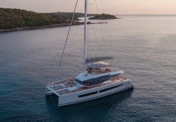 67' Fountaine Pajot 2021