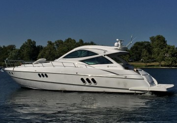 54' Cruisers Yachts 2016