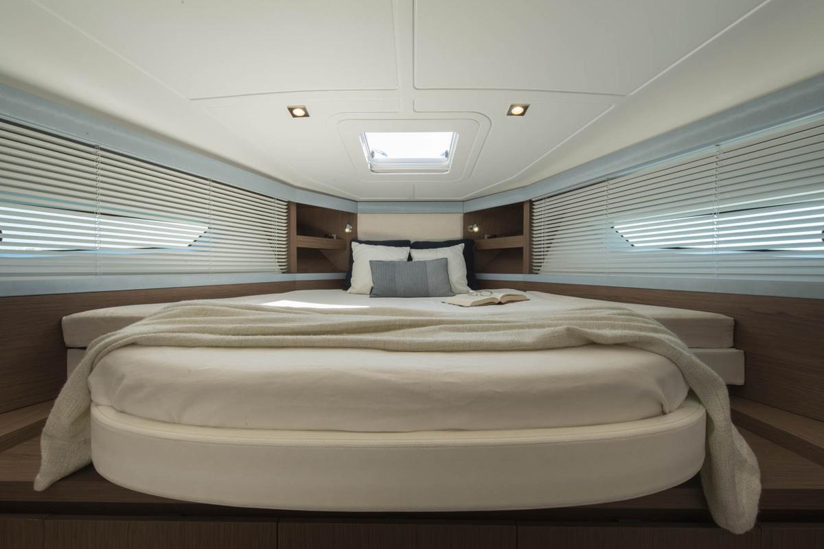 Beneteau Gran Turismo 40 — Interior Design