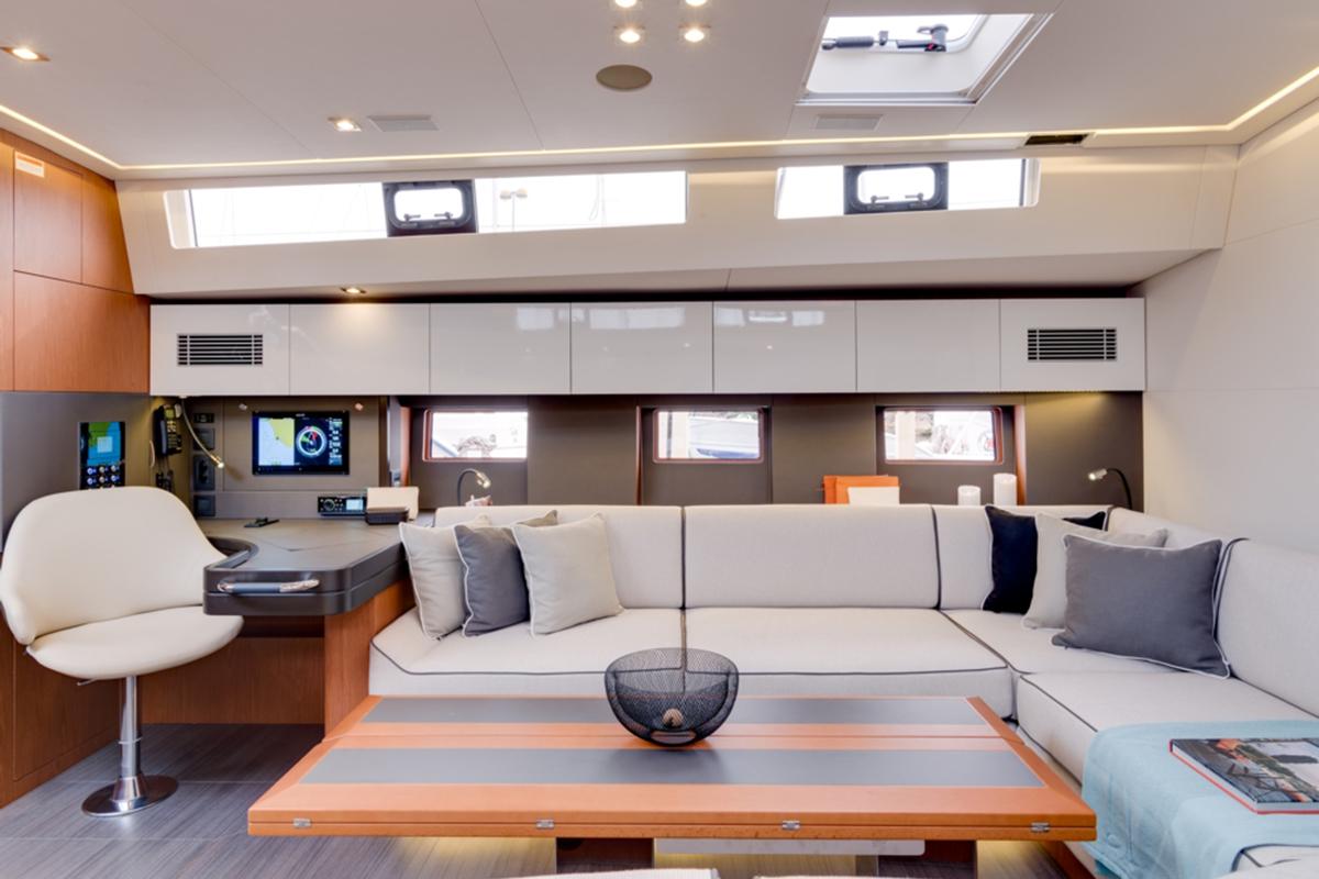 Beneteau Oceanis 62 — Interior Design