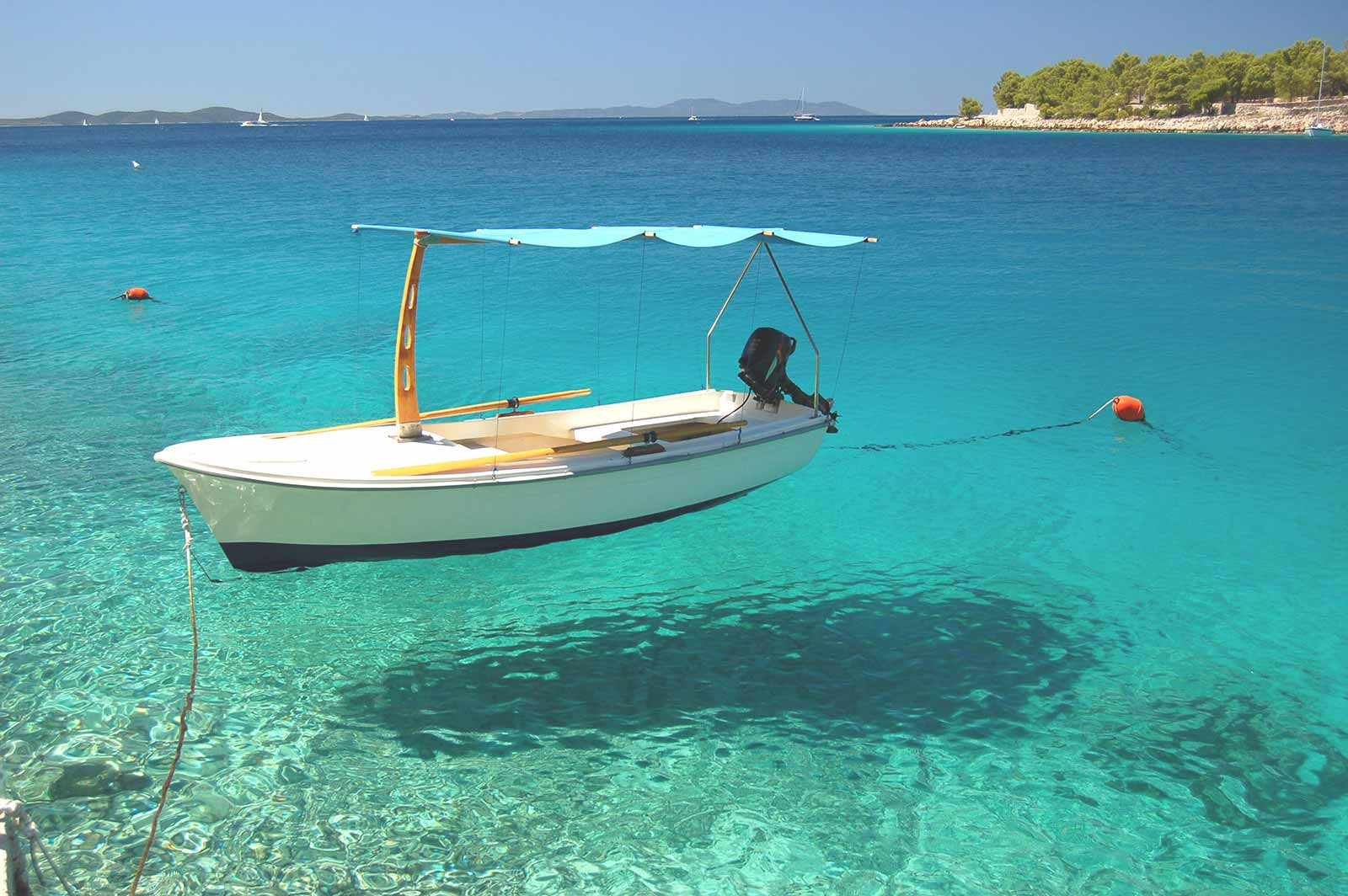 Hvar-Brac - Yacht Charter