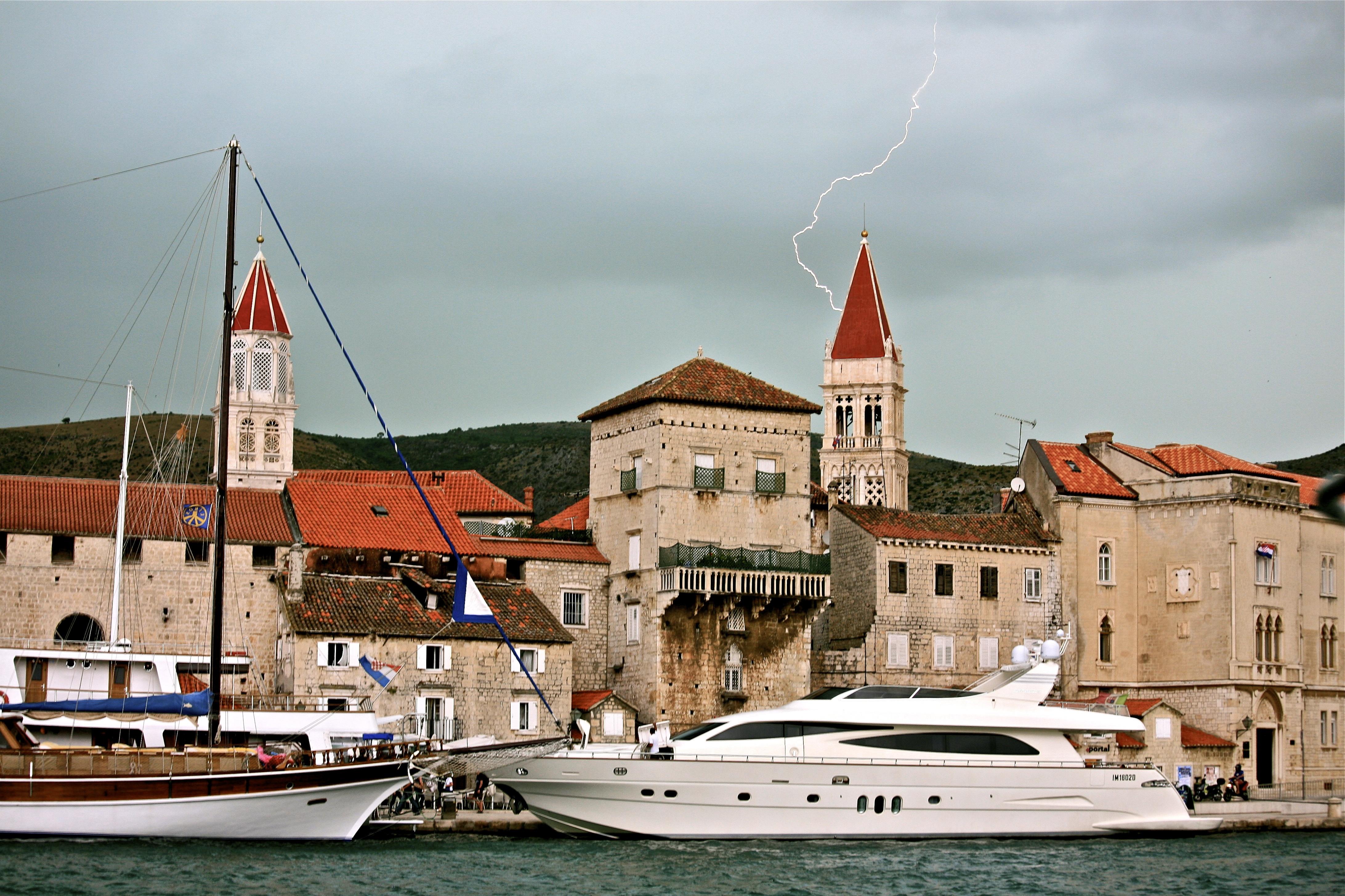 Croatia Brac-Trogir Yacht Charter