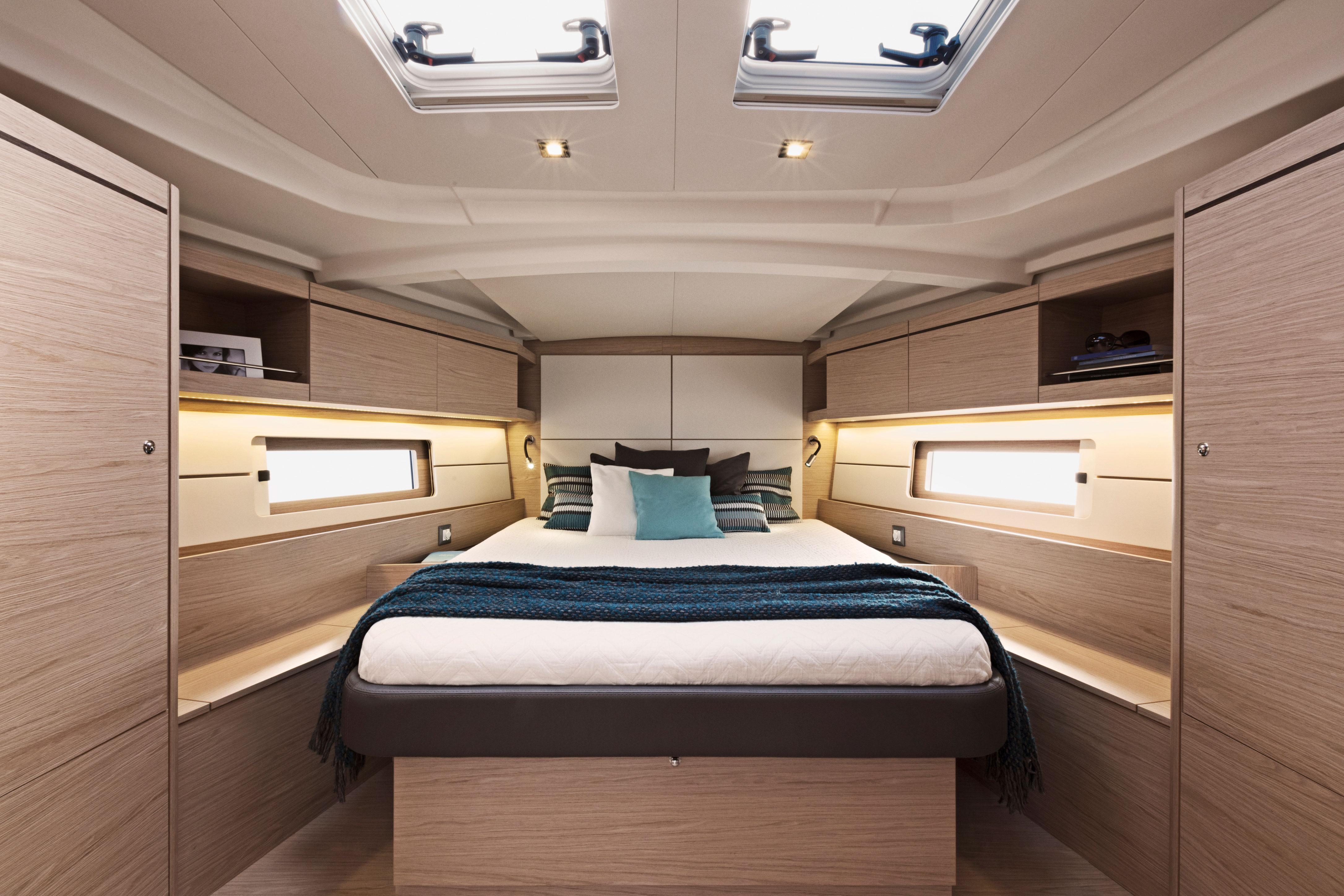 Beneteau Oceanis 46 — Interior Design
