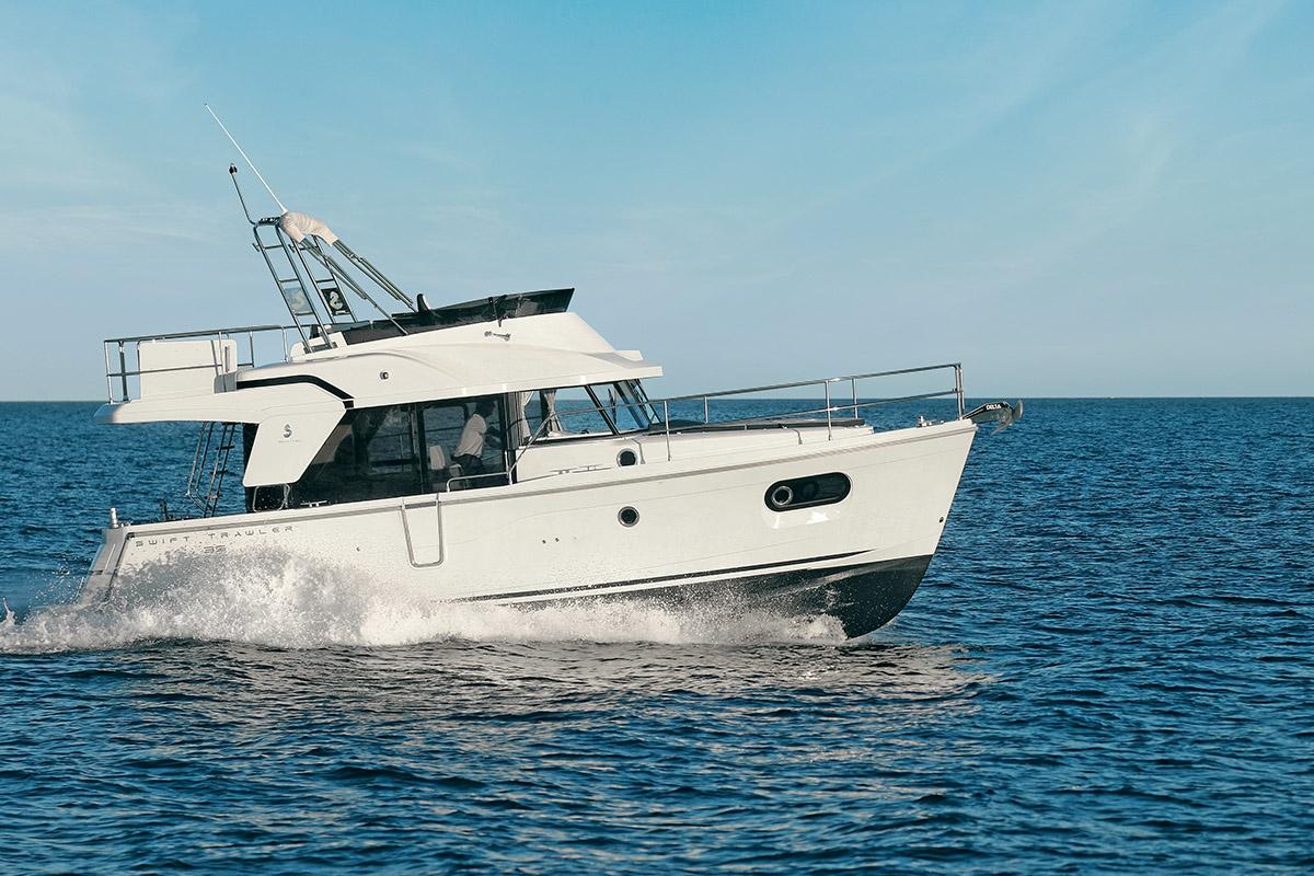 Beneteau Swift Trawler 35 — Exceptional Performance