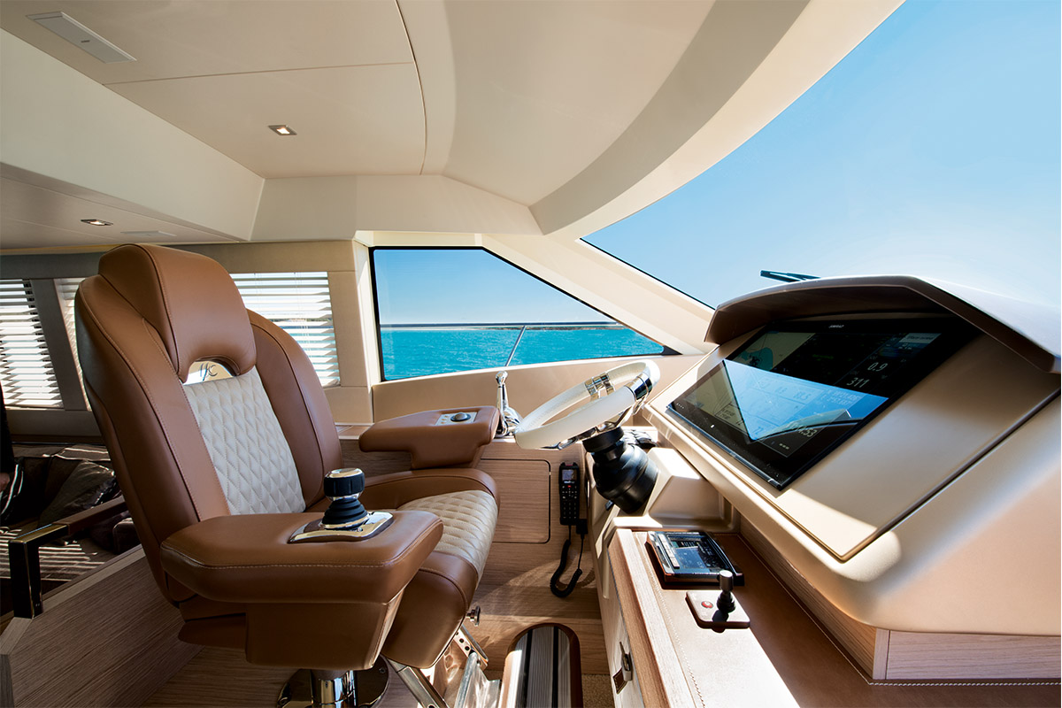 Monte Carlo MC6 — At The Helm