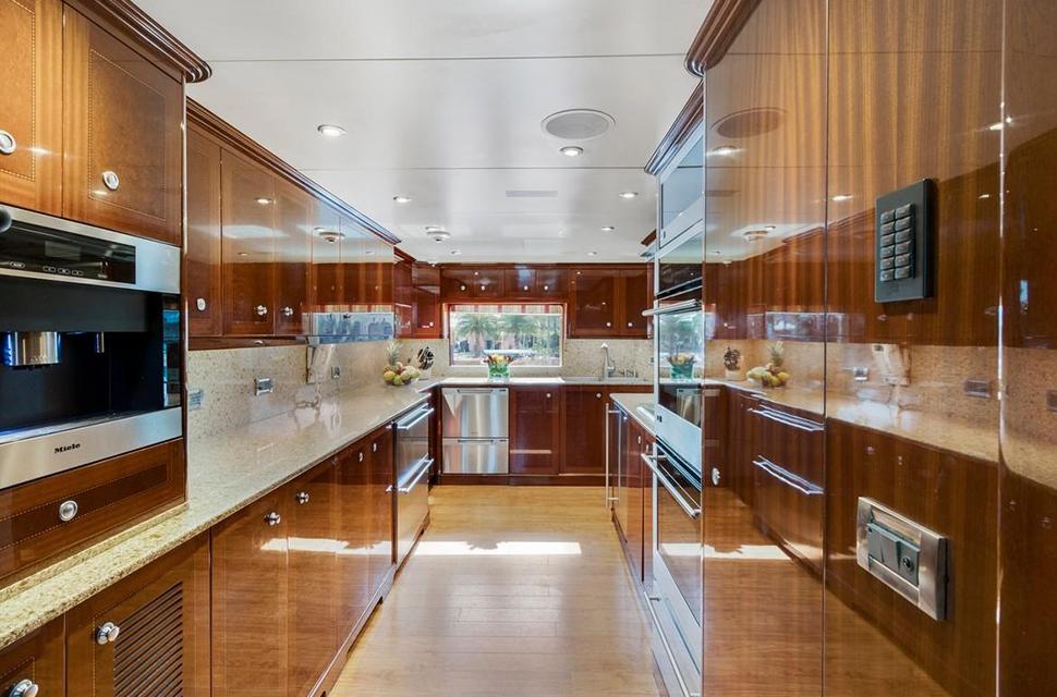 Luxury Yacht For Charter: 133' Custom Superyacht | SERQUE  - photo 2