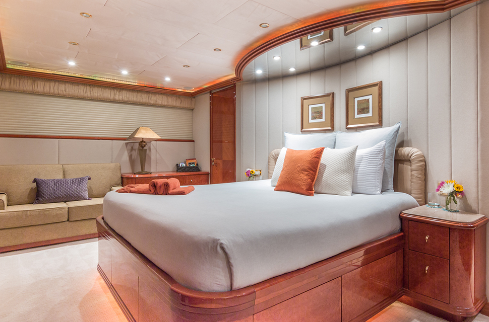 Luxury Yacht Rental: 108' (32m) Viking | TROCA ONE - photo 2