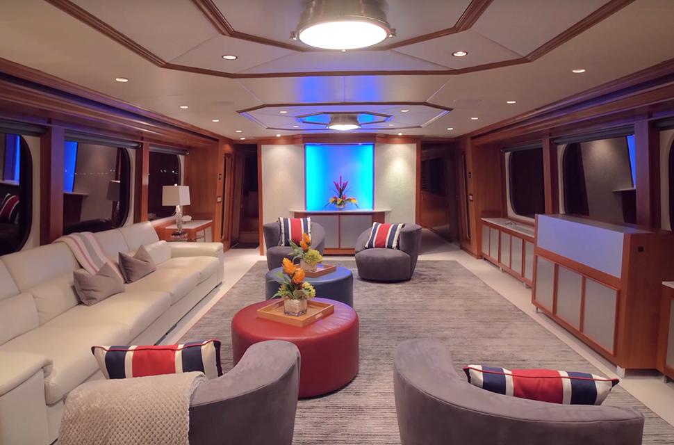 Luxury Yacht Rental: IL CAPO | 110' Broward Marine - photo 5
