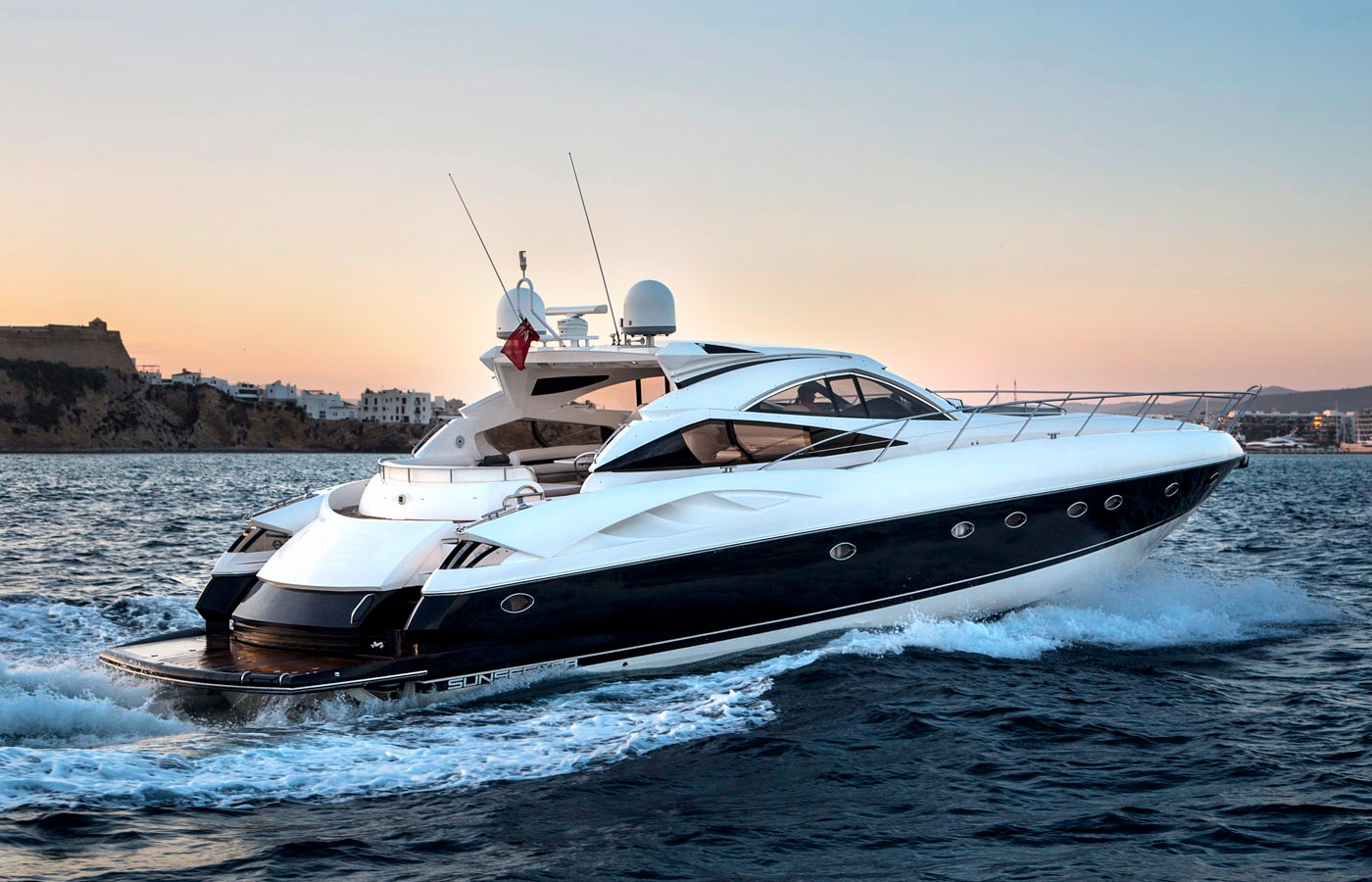 5 Sunseeker Yachts That Crushed The Competition