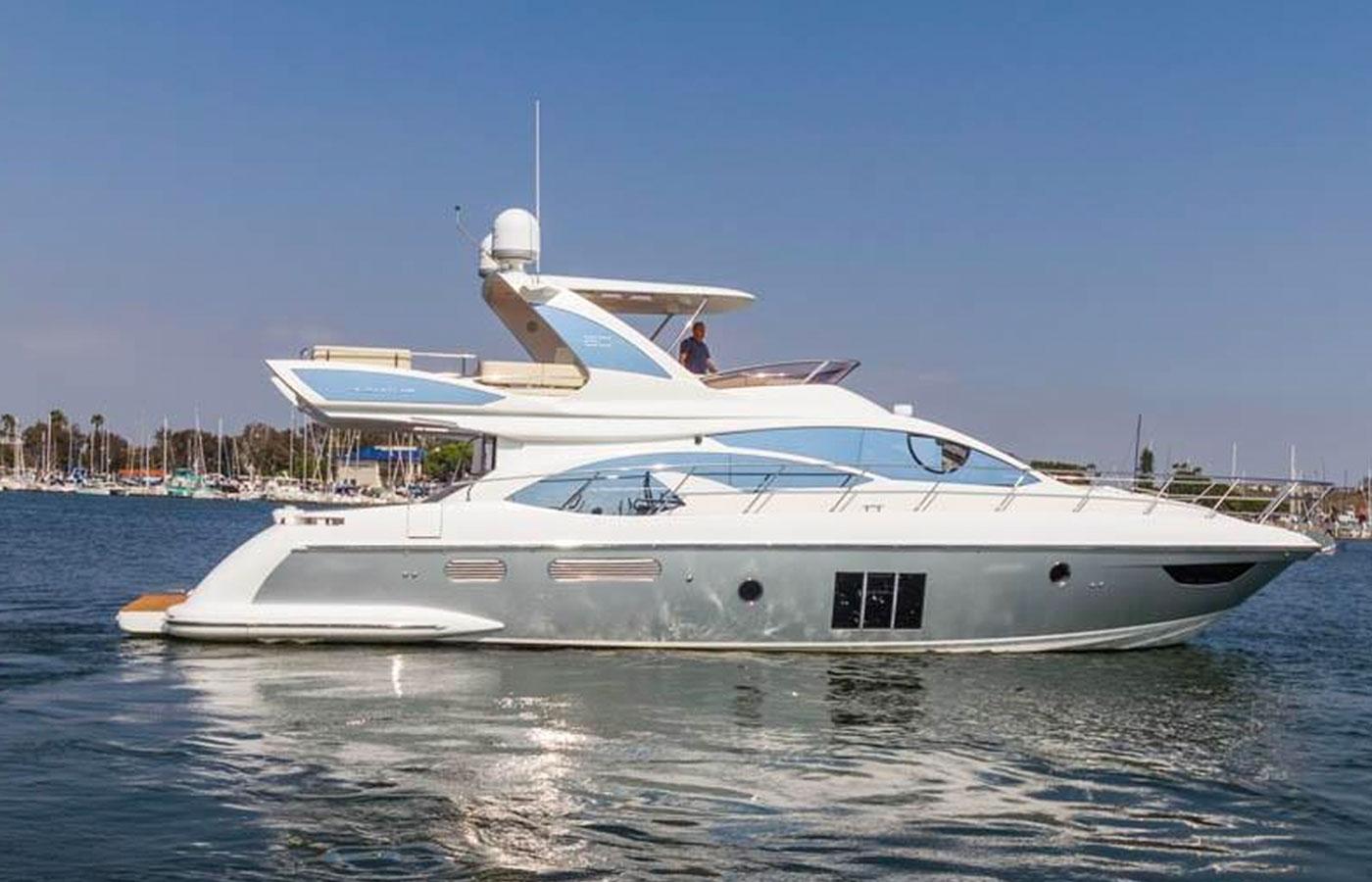 Yacht Walkthrough: 60 Azimut 2016 [Motoryacht Highlight]