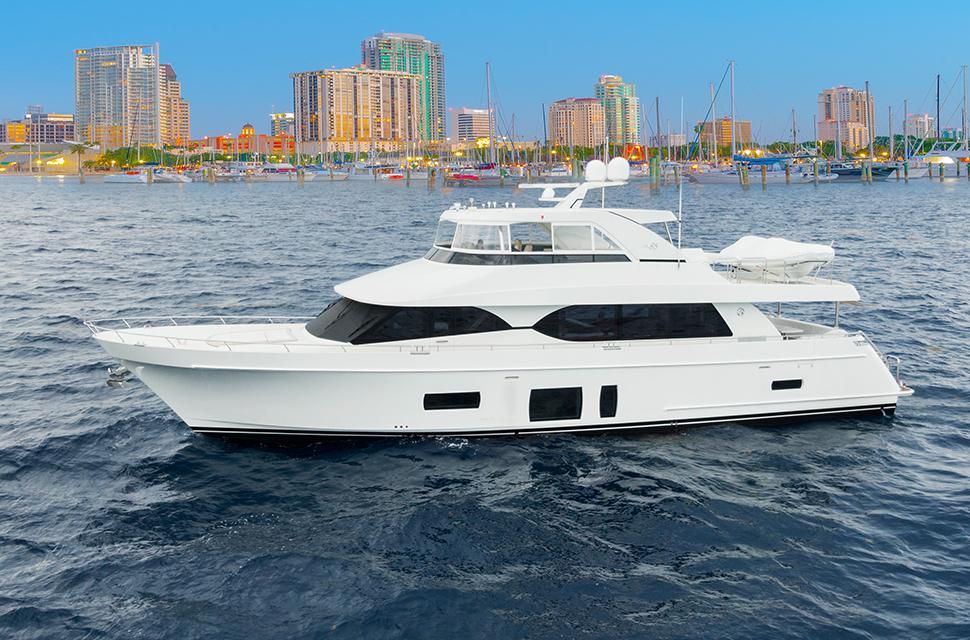 Luxury Yacht Charter: 85' Ocean Alexander 2018   OCEAN ROSE - photo 1