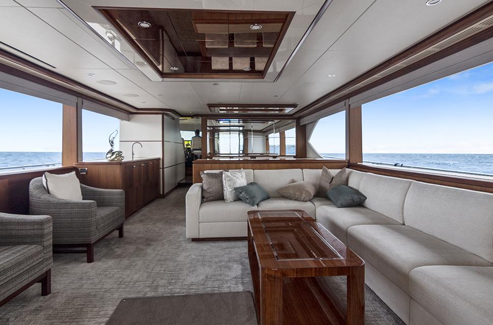 Luxury Yacht Charter: 85' Ocean Alexander 2018   OCEAN ROSE - photo 2