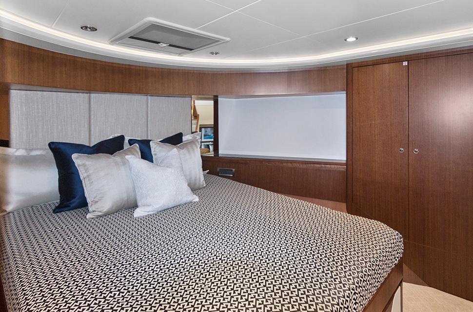 Luxury Yacht Charter: 85' Ocean Alexander 2018   OCEAN ROSE - photo 5