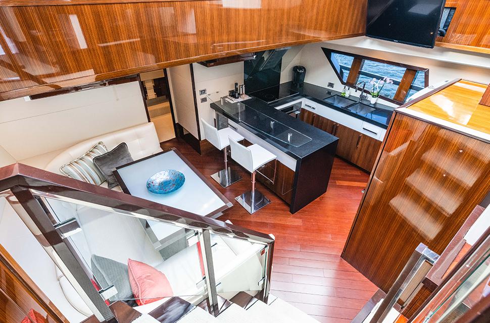 Luxury Yacht Charter: HELIOS | 92' Lazzara 2012 - photo 3