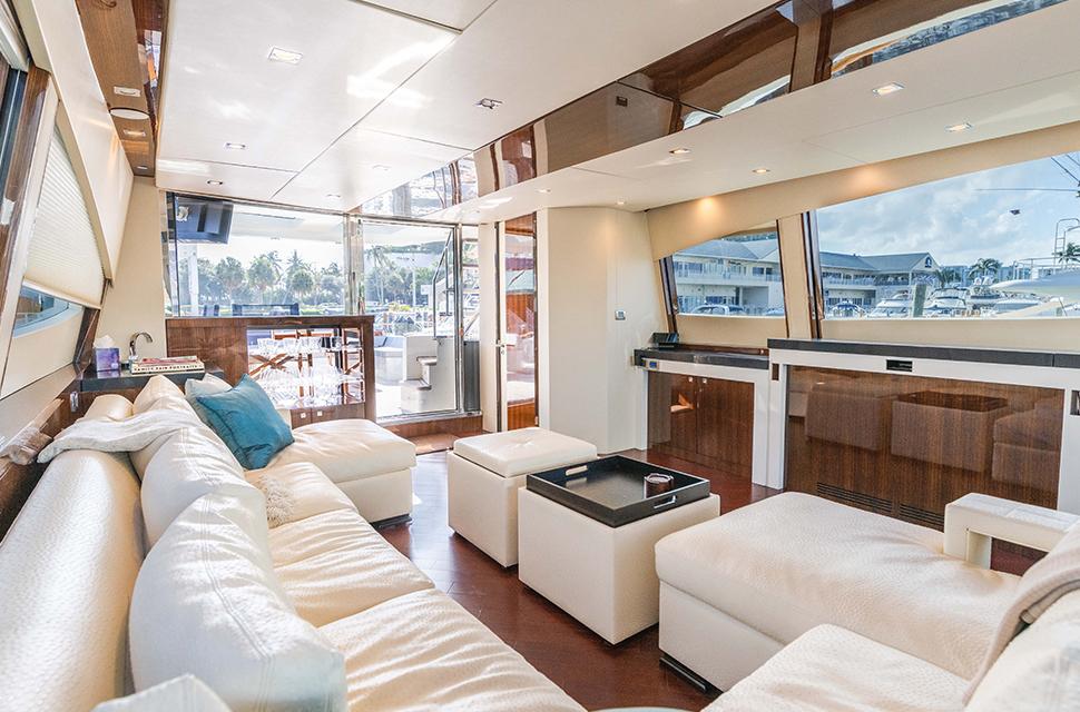 Luxury Yacht Charter: HELIOS | 92' Lazzara 2012 - photo 2